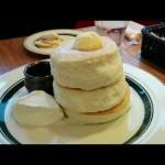 ふわっふわのパンケーキとトロトロのフレンチトースト